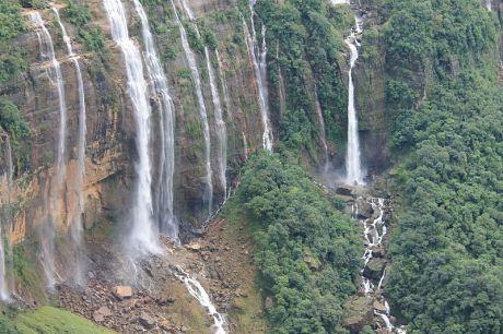 Nohkalikai Falls, Cherrapunji.