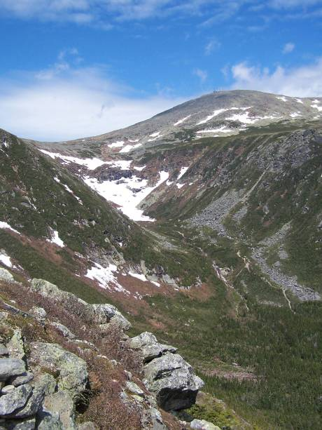 Tuckerman Ravine as seen from Boott Spur Link.